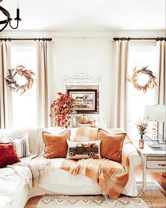 Simple Tips to Quickly Switch Your Home from Summer to Fall
